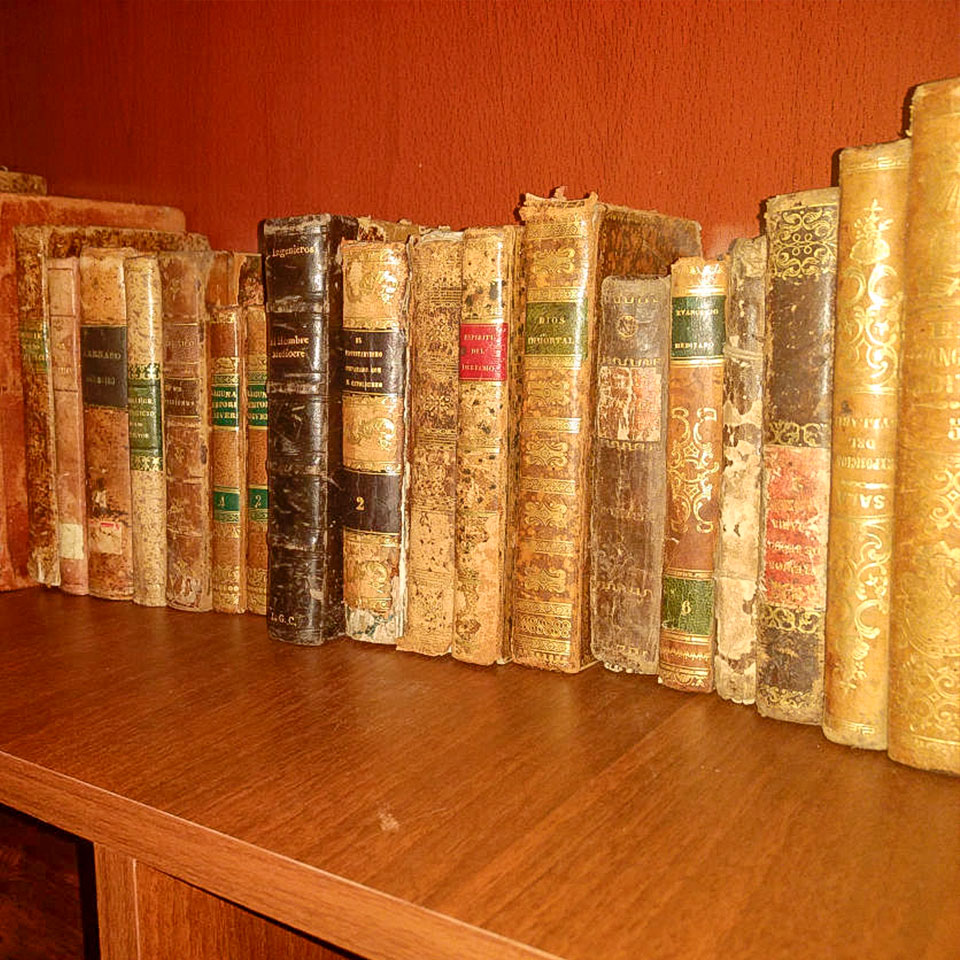 Acolpacha biblioteca